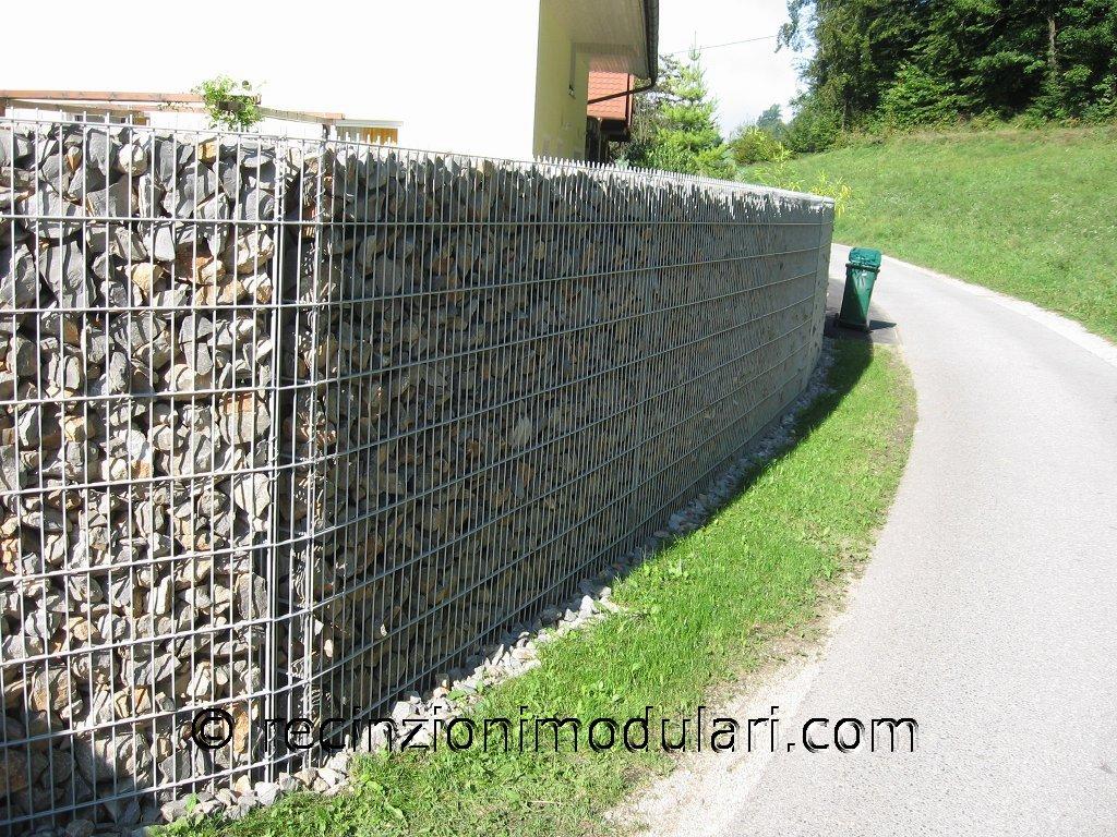 Galleria gabbie recinzioni modulari for Cuccia per cani leroy merlin